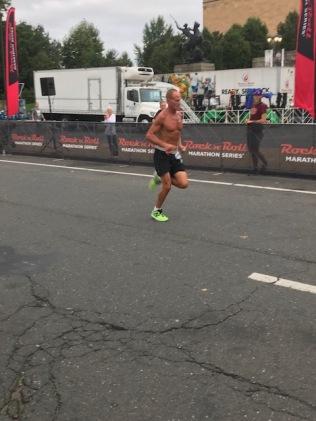 Men's 5K winner